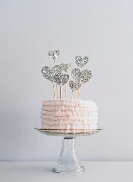 tippitoppi cake topper mit glitzer lieschen heiratet. Black Bedroom Furniture Sets. Home Design Ideas